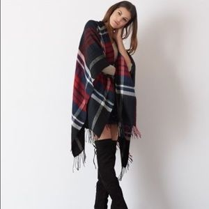 Dynamite Plaid Cape